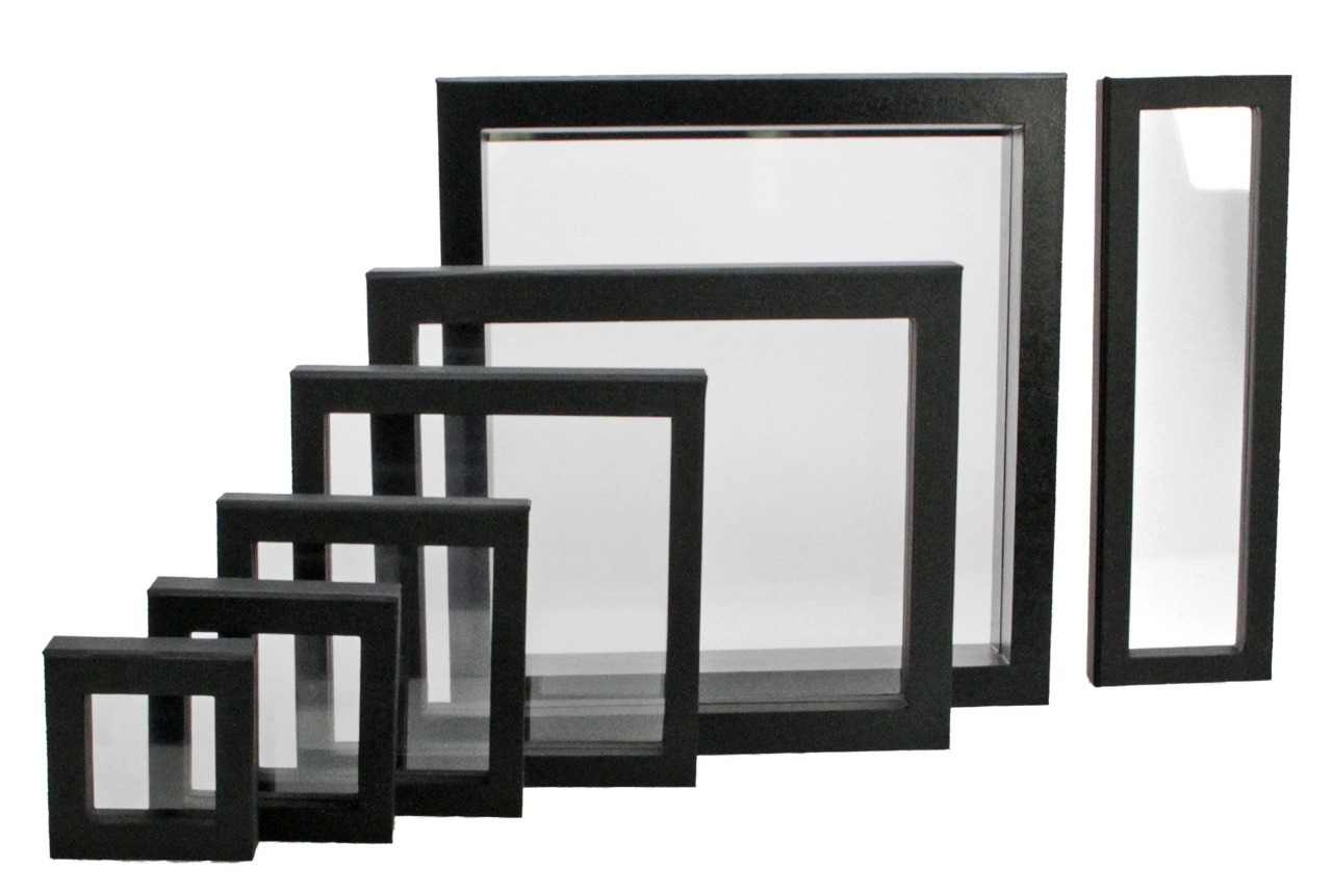 Safe - Floating frame black, 80 x 80 mm