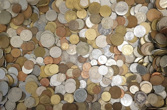 Word - Coins Mixed (1 kg)